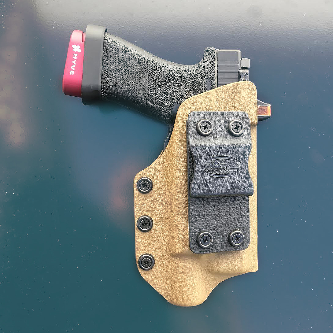 Tuckable IWB Holster with Optic Cut