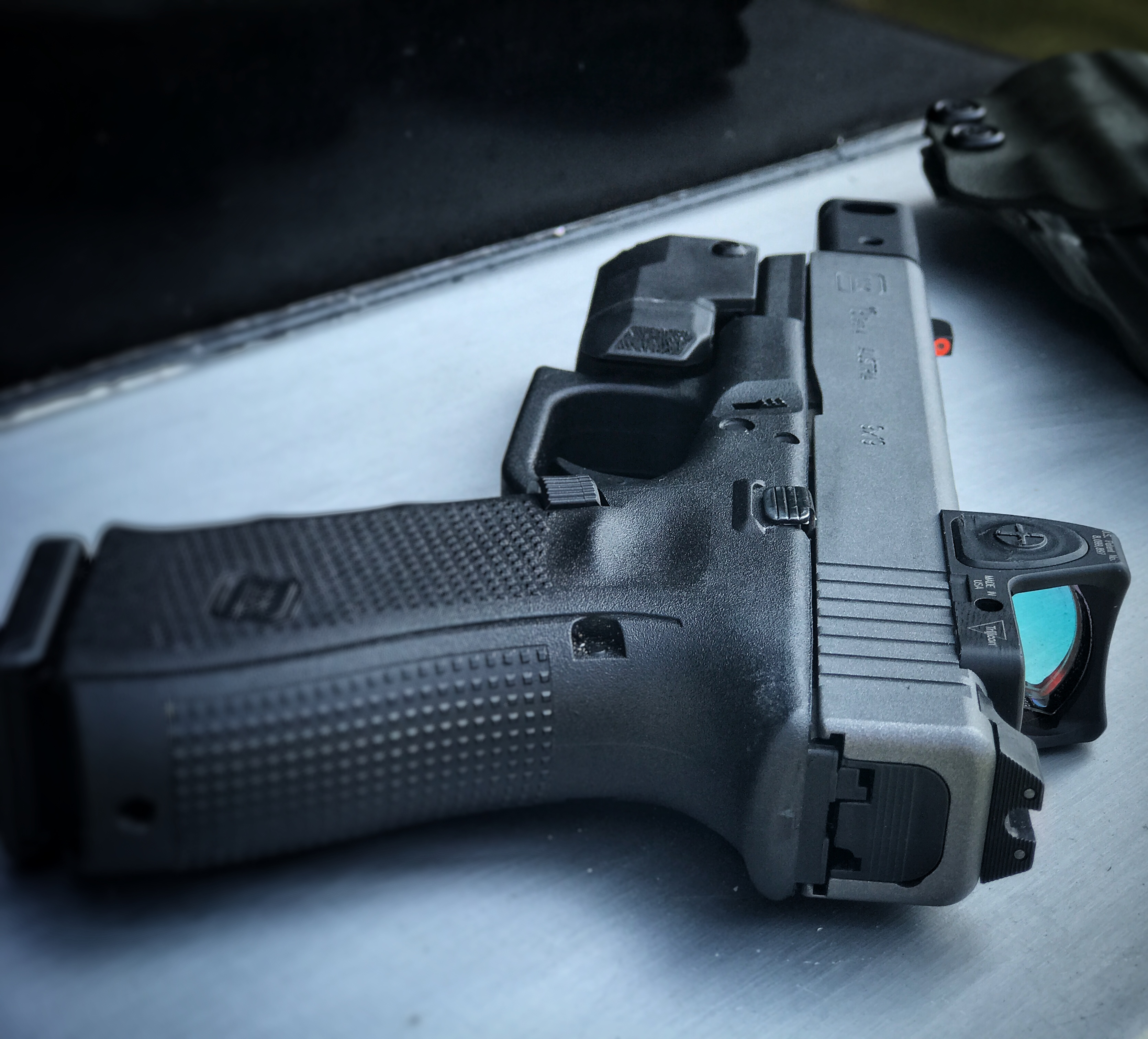 G19 with APLc and KKM Compensator with RMR