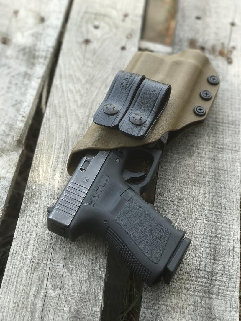 G19 with Streamlight TLR-1 AIWB Holster