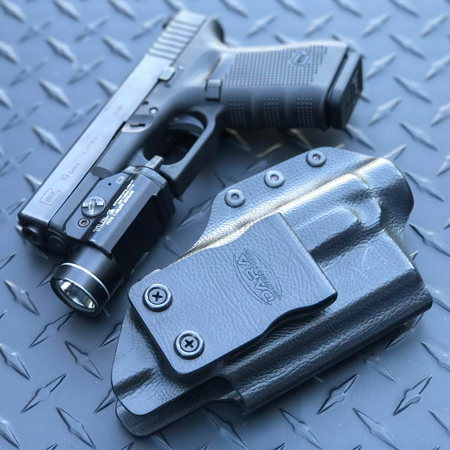 Glock 19 with TLR1