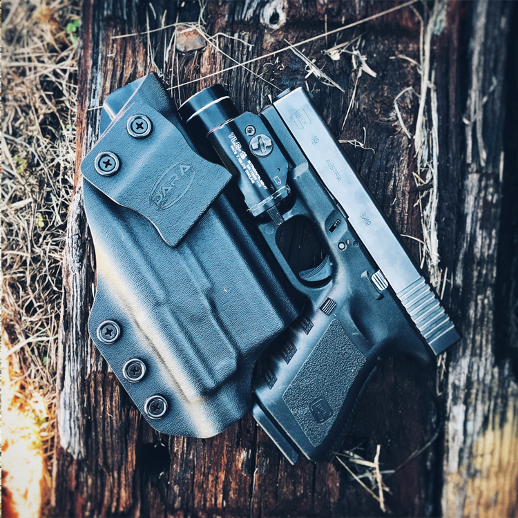 IWB Holster for Glock 19 and TLR-1